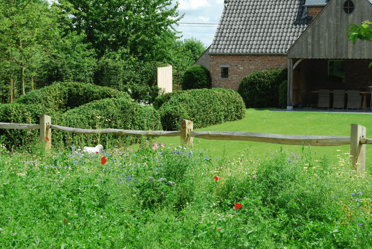 Smout nv for Landelijke tuin aanleggen